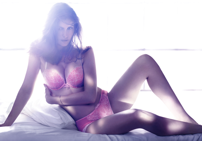 Laetitia Castval nnepel az H&amp;M
