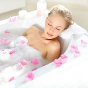 Kényeztető anti-aging fürdő otthon - Így készítsd el
