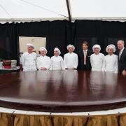 Rekord: a világ legnagyobb eredeti Sacher-tortája