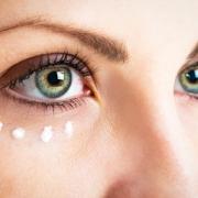 Őszi arcápolás: Mit tehetünk a ráncok és a bőrhibák ellen?