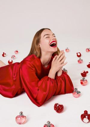 Az élet piros: Nina Rouge