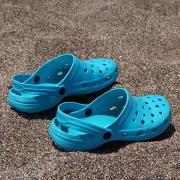 A nyári cipő – Crocs